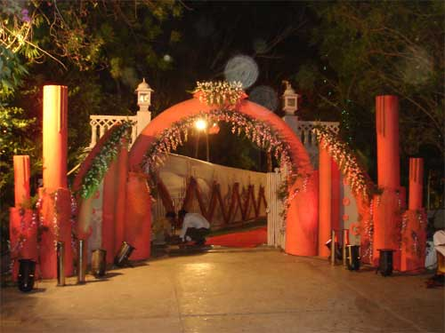 Ss florist floral arrangements jaipur wedding car decortation wedding decorators jaipur junglespirit Images