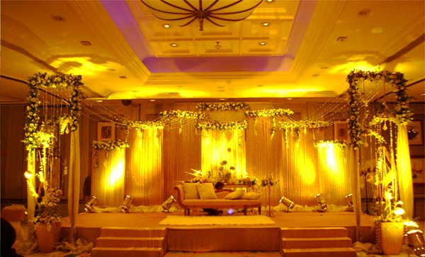 Flowers to rajasthanrajasthan wedding decorationwedding decorators ss take pride in providing the ultimate wedding car decoration service in jaipur our aim is to provide you with a wedding car decorating service junglespirit Images